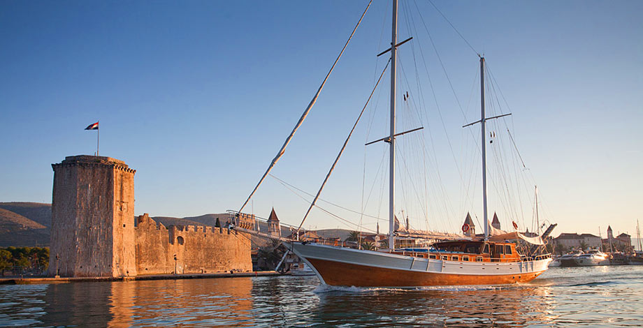 Gulet Cruises from Split to Dubrovnik are surly some of the best cruise holidays you can imagine